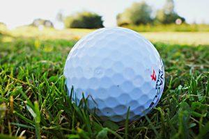 piłeczka do golfa